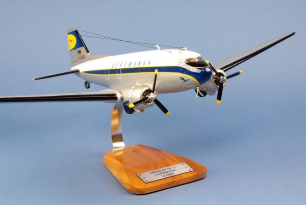 Douglas DC 3 Lufthansa, Schreibtischmodell aus Holz