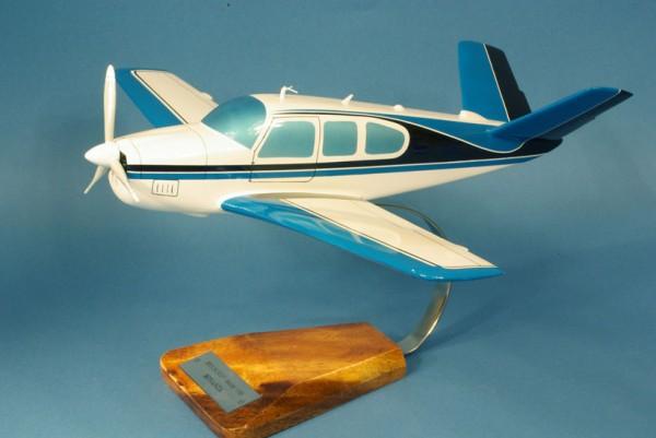 Bech Bonanza V35, Schreibtischmodell aus Holz