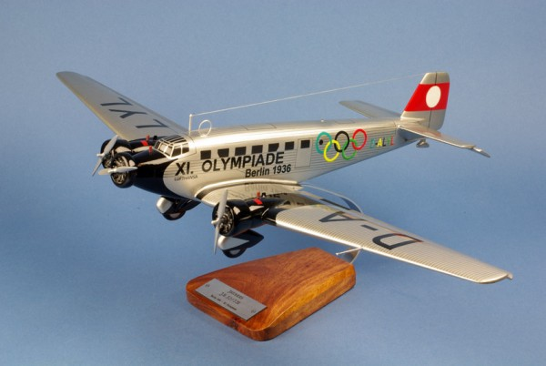 JU 52, Schreibtischmodell aus Holz