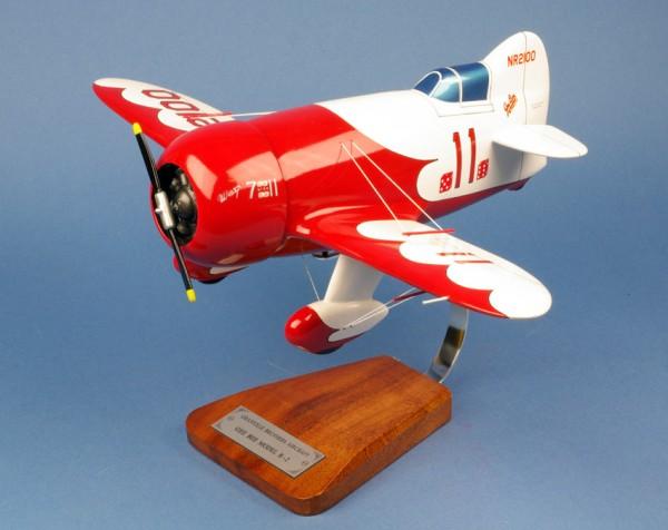 GeeBee R1, Schreibtischmodell aus Holz