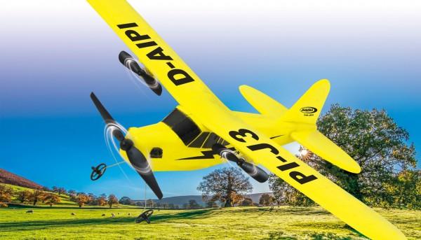 RC-Flugzeug Piper J3